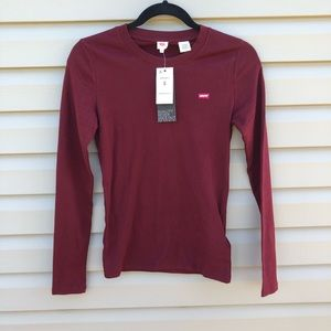 Levi's | maroon long sleeve fitted tee
